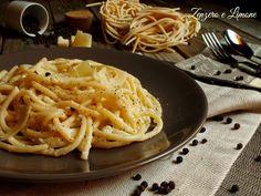 i pici cacio e pepe sono un piatto semplice della cucina toscana. Facili da realizzare, richiedono pochissimi ingredienti