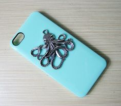 Handmade case  Silver big octopus  case iphone 5 by AlibabaDesign, $6.88