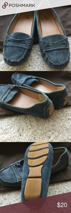 JJill blue suede driving shoe, 7 Reposh, too small, small 7. In fairly good condition. No real issues or problems but look a bit worn though I don't think they are. Interior manmade. Bottoms suede with rubber, 7 JJill Shoes Flats & Loafers