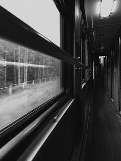 Поезд, путешествия в поезде, атмосфера поезда
