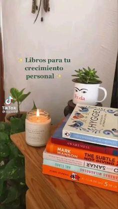 School Motivation, Study Motivation, Book Club Books, Book Lists, I Love Books, Good Books, Inspirational Books To Read, Instagram Emoji, Books For Teens