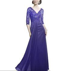 Vestido bordado decorado #tallasgrandes #modafiesta #alisboutique #plussize #demetrios