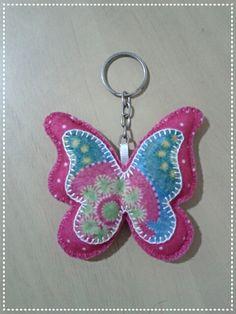 Chaveirinho lindo de borboleta feito pela Prin artesanato!!