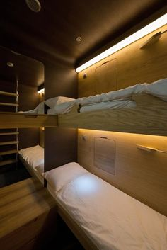 Interior de una doble sleepbox. Sleepbox Hotel Tverskaya por Arch Group.