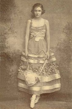 ❥ 1914 - Irene Castle~ what a dress!