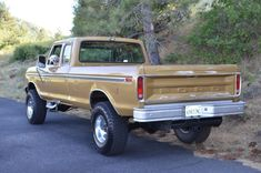 Bid for the chance to own a 1979 Ford SuperCab at auction with Bring a Trailer, the home of the best vintage and classic cars online. Chevy Trucks Older, Lifted Chevy Trucks, Lifted Ford Trucks, Pickup Trucks, Ford Explorer Accessories, Truck Accessories, Interior Accessories, 79 Ford Truck, Ford 4x4