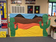 Desert bulletin board (could use on the sides of the stage) Cowboy Theme, Western Theme, Classroom Displays, Classroom Themes, Spanish Classroom, Teaching Activities, Classroom Activities, Preschool Ideas, Desert Ecosystem