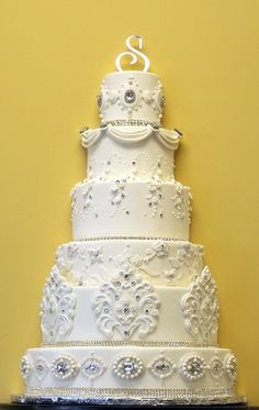Old World Diamonds (display cake)