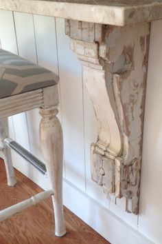 Farmhouse Kitchen counter with antique corbels by Lisa Gabrielson Design - Use under bar area Kitchen Redo, Rustic Kitchen, Kitchen Ideas, Kitchen Counters, Design Kitchen, Counter Design, Kitchen Island Corbels, Vintage Kitchen, Antique Kitchen Island