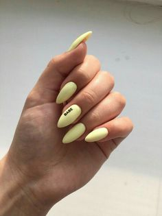 How to choose your fake nails? - My Nails Almond Acrylic Nails, Best Acrylic Nails, Acrylic Nail Designs, Yellow Nails, Pastel Nails, Pastel Art, Green Nail, Aycrlic Nails, Manicure