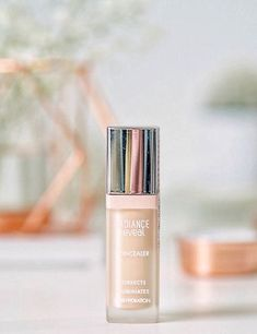 one of the best drugstore/budget concealers for brightening up the eye area, bourjois radiance reveal