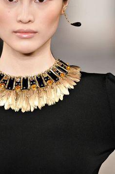 What an amazing statement necklas!Ralph Lauren F/W 12