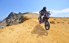 Download wallpapers 4k, KTM 1290 Super Adventure R, desert, 2017 bikes, offroad, superbikes, austrian motorcycles, KTM