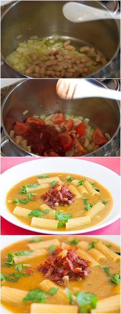 AQUI ESTÁ UMA RECEITA DE SOPA FEIJÃO BRANCO COM TOMATE E SALSA MARAVILHOSA!!  VEJA AQUI>>> Numa panela leve ao lume o azeite, a cebola e os alhos. Mexa e deixe refogar sem alourar. #SOPA#CALDOQUENTE#SOPADEFEIJAOBRANCO# Thai Red Curry, Salsa, Shell, Ethnic Recipes, Food, Healthy Food, Cook, Great Northern Beans, Olive Oil