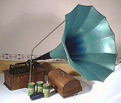 1906 Thomas Edison cylinder phonograph with large blue morning glory ...