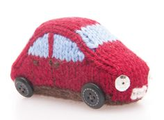 Free knitting pattern: Knit a miniature car(part of house and doll)