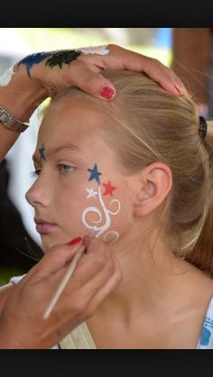 Cute 4th of July face painting idea