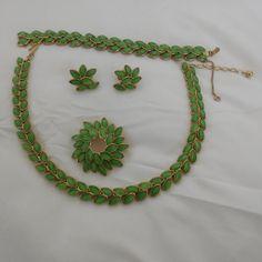 Crown Trifari Green Glass Stone Laurel Leaf Parure 400.00