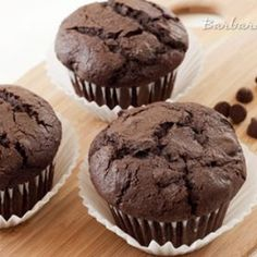 https://www.barbarabakes.com/whole-wheat-chocolate-chocolate-chip-muffins/