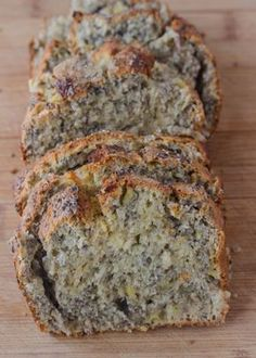 Chia Bread Nut free banana bread that's full of chia seeds, fiber and flavor for a healthy snack! Banana Chia BreadNut free banana bread that's full of chia seeds, fiber and flavor for a healthy snack! Healthy Sweets, Healthy Baking, Healthy Snacks, Healthy Recipes, Snack Recipes, Chia Recipe, Love Food, Baking Recipes, Bread Recipes