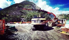 Work in progress...#hotelmartinet #vallestronaenergyhouse #caseinlegno #caterpillar #grufassi900xp
