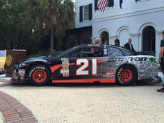 Excited to unveil this extremely special @Snapon_Tools paint scheme with over 2,000 historical Wood Brothers photos