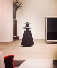 BeoLab 5 in a cozy Bang & Olufsen interior shared by kevonbon on Instagram!