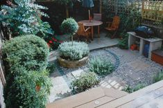 Perfect Small Back Gardens 600 x 399 · 55 kB · jpeg Perfect Small Back Gardens 600 x 399 · 55 kB · j Back Garden Design, Garden Design Plans, Next Garden, Home And Garden, Small Back Gardens, Contemporary Garden Design, Garden Inspiration, Garden Ideas, Backyard Ideas