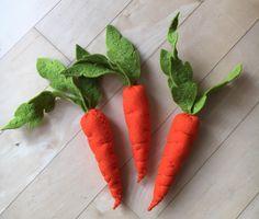 Kaufladen Karotten aus Wollfilz