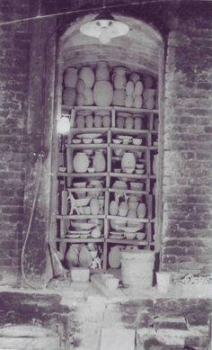 Kiln at Pottenbakkerij De Vier paddestoelen, Utrecht, Netherlands 1920-1940