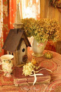 Aiken House & Gardens: The Cosiness of Autumn
