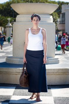 Long linen skirt. An effortless wardrobe essential. This skirt has adjustable waist buttons for your slim and not so slim days. We also added some inseam pockets to round of this one of a kind ankle length skirt. Linen clothing. Long skirt. Flax fiber. Classical dress. Navy blue. Pockets. Lonesome. Modern working woman. Casual clothing. Flax Fiber, Ankle Length Skirt, Linen Skirt, Working Woman, Clothing Items, Going Out, Casual Outfits, Navy Blue, Buttons