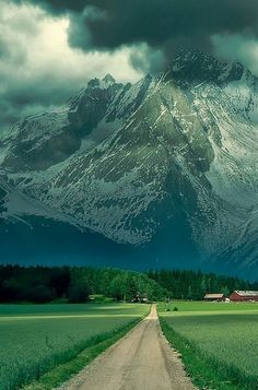 The Infinite Gallery : French Alps, France