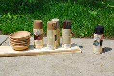 How to paint wooden bowls to look primitive.