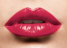 How to get fuller lips naturally. #MakeupInspiration #KylieJennerLips #ACreativeCulture