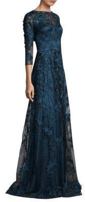 David Meister Embroidered evening Lace Gown.  Fashion | ootd | trendy | prom dress