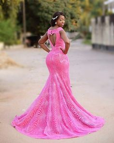 Gorgeously dressed in pink couture@elisha.red.label #sugarweddings #like4like #couture #picoftheday #instalove #instadress #backview