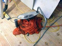 Diese Kabelrolle: | 24 Bilder, bei denen jeder Elektriker einen Schlag bekommt