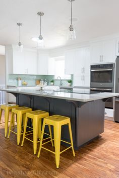 40 Amazing DIY Kitchen Renovations - Four Generations One Roof Rustic Kitchen Island, Big Kitchen, Kitchen Paint, Kitchen Items, Kitchen Decor, Kitchen Hacks, Kitchen Layout, Kitchen Dining, Grey Kitchen Furniture