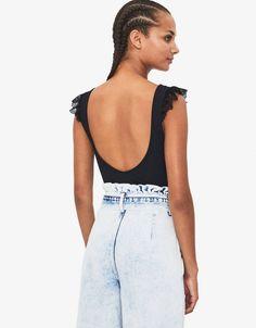 Sleeveless bodysuit with lace trim - New - Bershka United States Fashion News, Latest Fashion, Lace Trim, Bodysuit, United States, Fall, Gift Cards, Suspenders, Lace