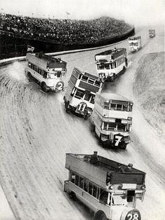 Double decker bus racing