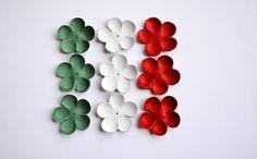 Italian flag leather flower  set di TrivialFashion su Etsy