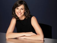 Campbell Brown - former NBC News and CNN anchor guest host Bloomberg's afternoon politics show : With All Due Respect