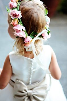 If I ever get married, my little flower girls could have flower crowns.  How cute!!