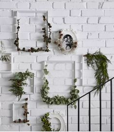 decorating a blank wall | fake flowers to decorate a blank wall ...