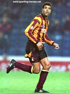 Footballer Chris Kamara, although he's better known for his world famous slip-ups as a pundit for Sky Sports. Player One, Best Player, Chris Kamara, Bradford City, Retro Football, World Famous, Cool Kids, Old School, Hero