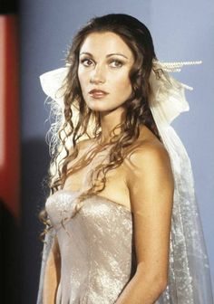 Such a breathtakingly beautiful woman! Lived here in everything I've seen her in.  From the Battlestar Galactica archives