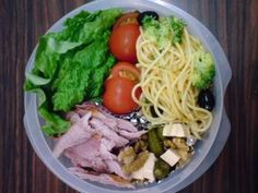 Noodles in your bento box!