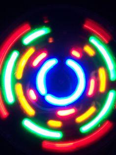 Flickr, by spike55151  O que é LED?   High-tech girl