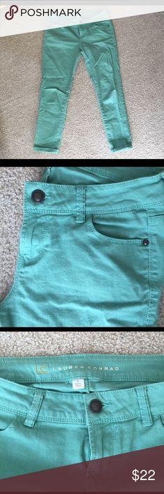 LC Lauren Conrad mint jean capris! Super comfortable and in great condition! LC Lauren Conrad Pants Capris